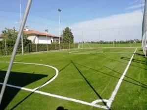 Il nuovo campo da calcio a 5 in erba sintetica